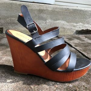 Lucky Brand LARINAA Wedge Sandal